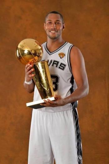 Boris Diaw, great basketball player. Somehow.