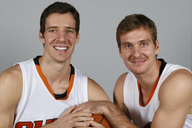 (From left, Goran and Zoran Dragic). MAN THESE GUYS LOOK LIKE A REAL FUN PAIR OF DUDES. Photo credit to Matt York/Associated Press.